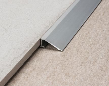 Pronivel L - Profiles for floors of different height